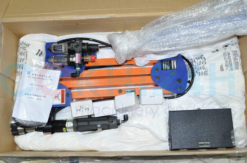 Sản phẩm được đặt gọn gàng trong hộp catong có lót mút nhằm bảo vệ máy trong quá trình vận chuyển